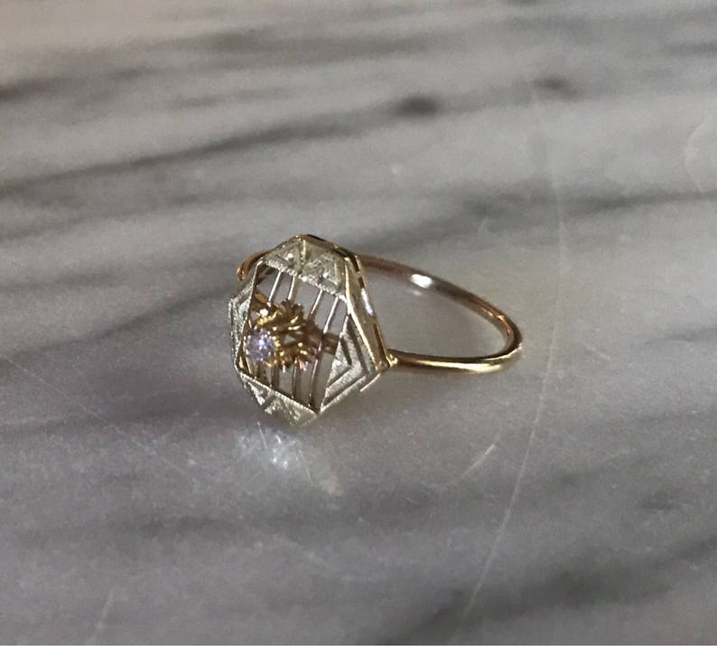 4ac5758499de Conversión Vintage anillo filigrana 14 quilates verde y