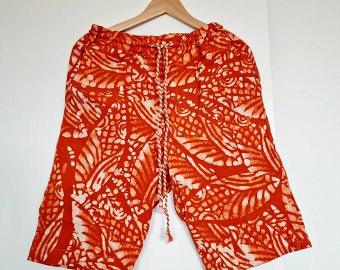 S, M. Organic cotton shorts. Handmade unisex. Authentic batik. Boho shorts. Made in Africa.