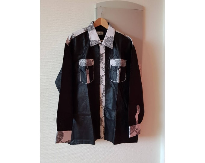3XL. New arrival !!! Beautiful african print unique shirt for men. Best quality batik. Black and waxprint cotton fabric. Handmade in Ghana.