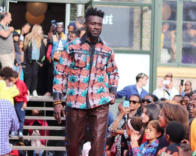 L. Beautiful african print unique shirt for men with matching trousers. Best quality. Waxprint cotton fabric. Handmade in Ghana.