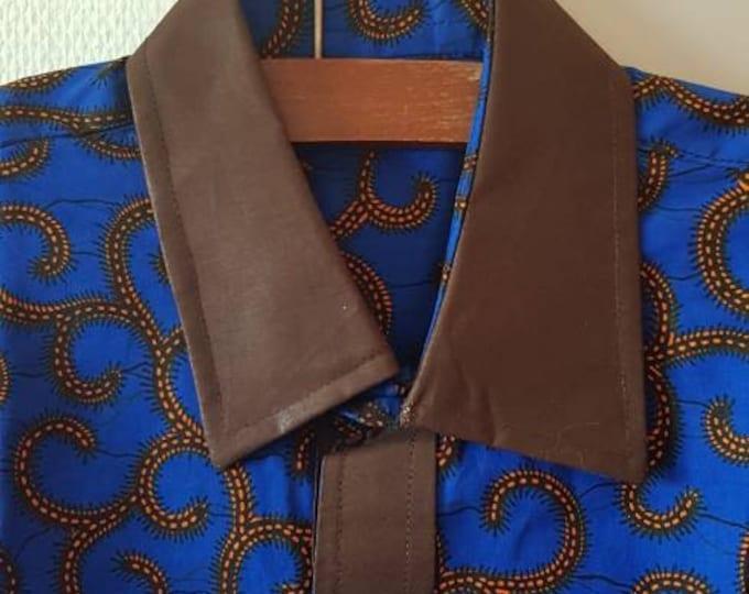 M. African print womens shirt. Handmade and unique. GTP fabric. Ankara. Wax africain. Batik. 100% cotton. Made in Ghana.