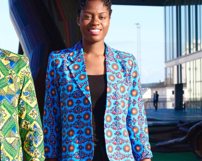 M. African print blazer jacket. Ankara fabric. Wax africain. 100% cotton. Batik. Made in Ghana.