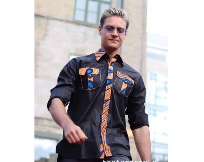 M, L (slim). Beautiful african print unique shirt for men. Best quality. Waxprint cotton fabric. Handmade in Ghana.