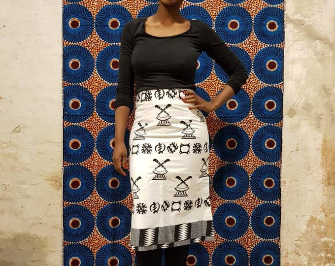 XS. African print midi skirt with original ghanian GTP fabric. Ankara wax print clothing. Batik. Made in Ghana. 100% cotton.