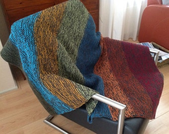 Hand knitted blanket, including pillow