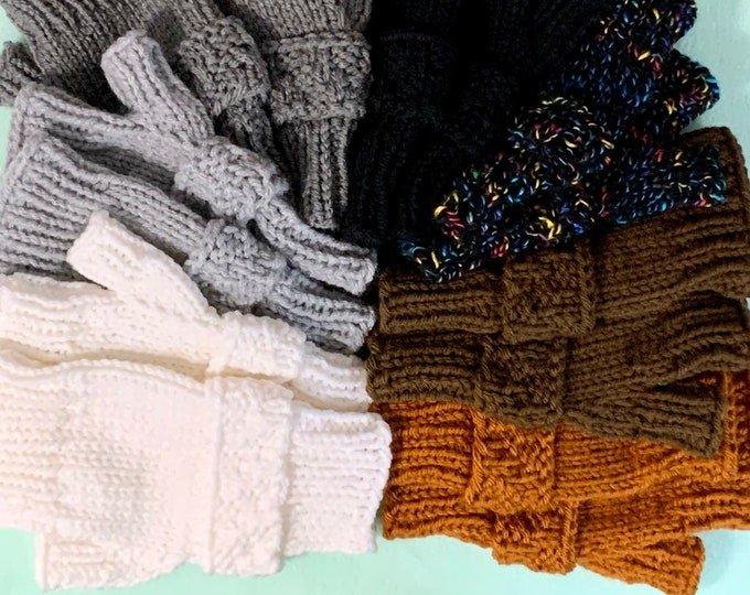 Unisex Fingerless Mitts with Strap (Knit in 7 color options+2 sizes)