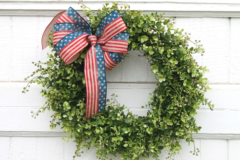Summer Stars and Stripes Patriotic Wreath Outdoor Boxwood image 0