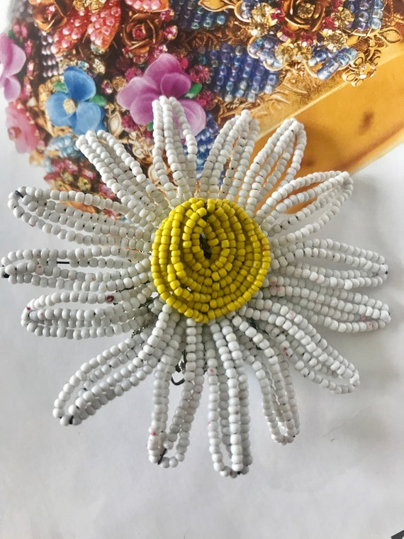 Miriam Haskell beaded  chamomile flower pin brooch