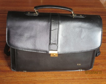 f5a0dbafdd47 Spring Sale Clearance Vintage Geoffrey Beene Black Leather Flap Over Multi  Gusset Expanadable Messenger Laptop Bag Briefcase- VGC