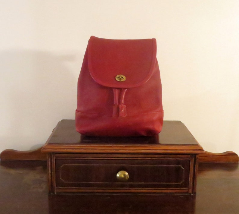 0c1800b07bb5b Coach Large Daypack Backpack In Red Leather With Brass   Etsy