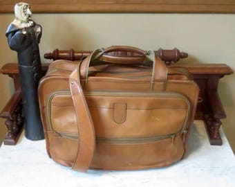 Dads Grads Sale Hartmann Tan Belting Leather Expandable Briefcase Attache Messenger Bag Laptop and IPad Carrer - Made in USA- Very Nice