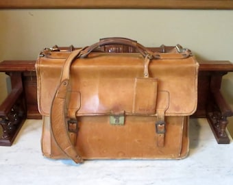 Dads Grads Sale Hartmann Belting Leather Flap Over Briefcase Attache Made In USA- Mildly Distressed Condition