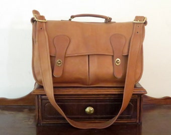 Dads Grads Sale Coach Carrier Bag In British Tan Leather With Brass Hardware Style No 9800- Made In United States- VGC