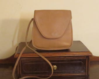 Etsy BDay Sale Coach Lindsay Bag In Tan Leather With Crossbody Strap - Style No 9888 Made In United States - VGC