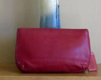 Dads Grads Sale Coach Cosmetic Case Large In Red Leather With Brass Hardware Style No. 7172- Made In Costa Rica-VGC