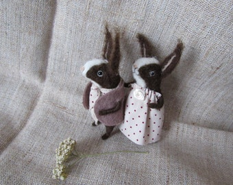 Love the bunnies Couple in love Needle felted animal Cute little Rabbits