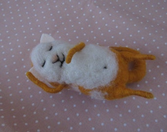 sweet warm cat Felted cat Animal felted pet Wool decor animal Toy wool cat sleeping cat from wool animal Miniature decor Felt needle  toys