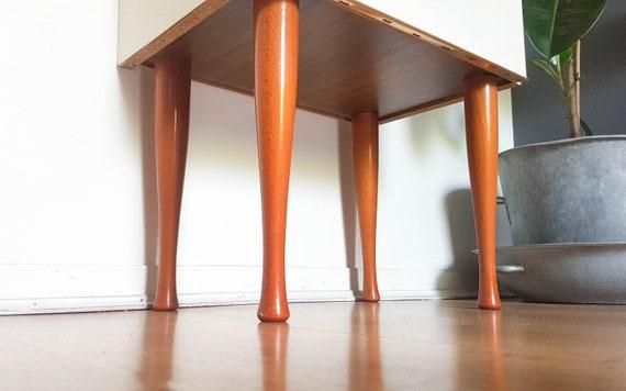 Table De Chevet Blanc Scandinave Meuble Relooke Vintage Chambre Unique Cadeau Original Cadeau Deco Annee 50 Blanc Bois Mid Century Moderne