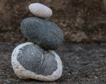Wabi-Sabi Rocks - Zen Balance Stones - Meditation Altar - Stress Relief Gift Set - Mindfulness - Beach Stones