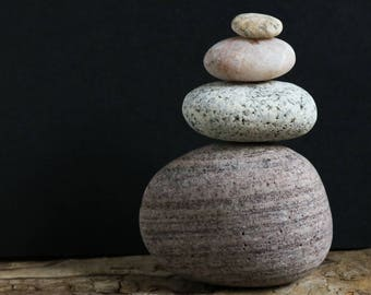 Set of Stones for Rock Balancing - Relaxation Gift - Mindfulness - Baltic Sea Quartz - Small Zen Sculpture - Meditation Altar
