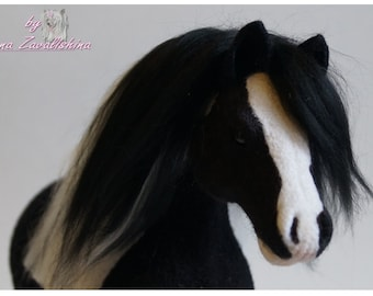 Needle felted Animal /Horse /Collectible toy/Custom Pet portrait/ Personalized pets/ Wool  sculpture/Realistic animal / Memorial