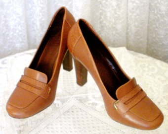 ae181903aa Banana Republic Leather Shoes, Vintage Leather Heels, Square Toe Shoes,  Size 7 1/2, Women's Shoes, Caramel Brown Pumps Genuine Leather Shoes