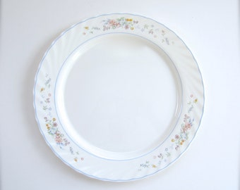 Arcopal Victoria Large Round Vegetable Bowl And Large Chop Plate