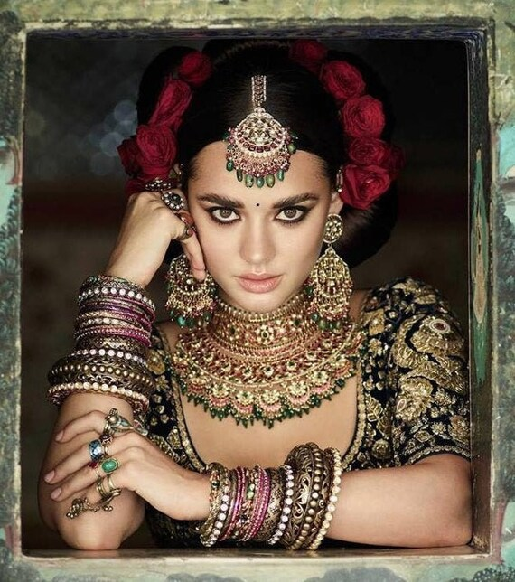 Sabyasachi Jewelry Indian Jewelry Set Tikka Headpiece Maang Etsy