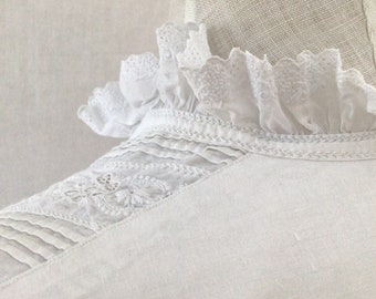 2nd Stunning Hand Embroidered  Antique Long Cotton  Night/ Dressing Gown mono CB