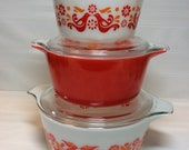 Vintage Pyrex Friendship Pattern Casserole Dishes With Lids Set Of 3