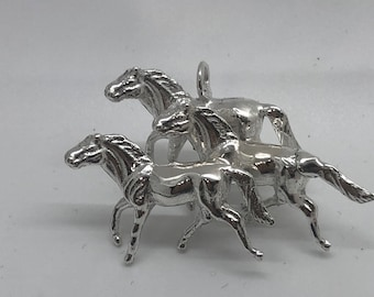 Brilliant Polished Three Best Running Horse Pendant SS, hand cast in Arizona, highly detailed. Includes 20 inch Sterling Silver box chain.
