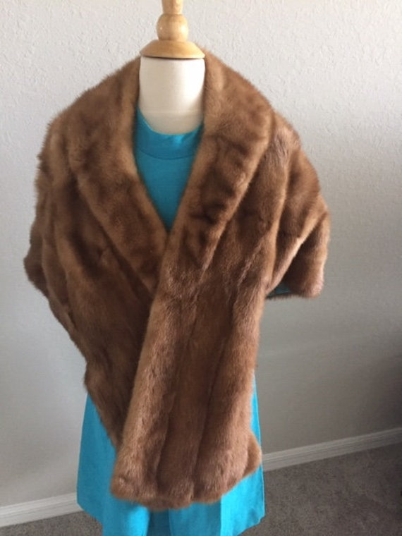Vintage Fur stole from the 1940's or 50's      Pos