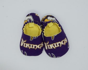4a98fb0ced07 Minnesota Vikings Baby Shoes