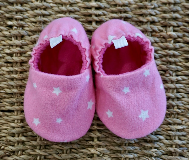 8b49e03130ba00 Pink Star Baby Shoes Soft Sole Baby Shoes Baby Booties
