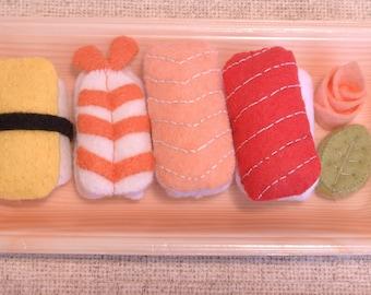 Handmade Felt Sushi Set A - Includes 1 egg, 1 Shrimp, 1 Salmon, 1 Tuna, 1 Wasabi and 1 Ginger. Felt sushi, Felt Food, Felt Toys, Toy Food