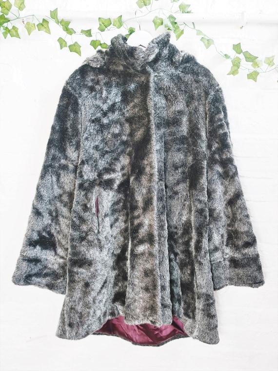 Vintage Faux Fur Coat - Silver & Black - Size L/XL