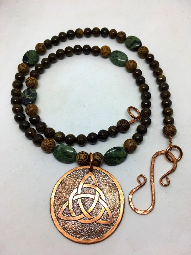 Copper Triquetra Celtic Trinity Knot Beaded Necklace  Copper image 0