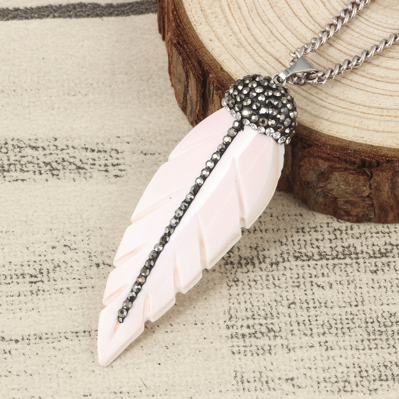 Charm 12pcs Feather Pendant Pave Rhinestone White Shell Necklace Charm Shell Jewelry Making DIY Beach Necklace Gift For Women Yoga Necklace