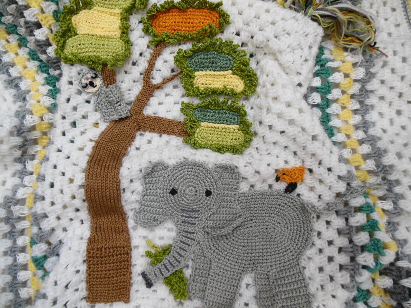 Crochet elephant blanket, pattern by Ira Rott - Album on Imgur | 1200x1600