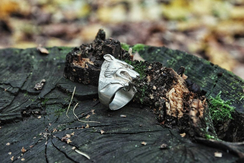 White Wolf Silver Ring North Style Big Heavy Ring