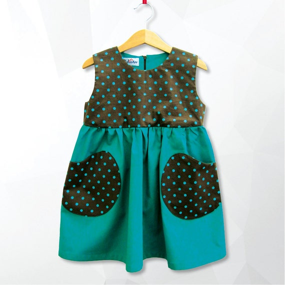 Grün gepunkteten Kleid  f23b589b628d
