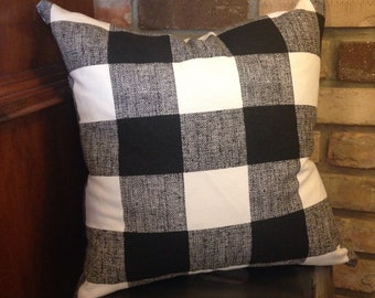 Black buffalo plaid pillow cover with zipper closure.  Custom made for you! Pick your size.