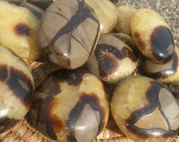 Septarian/ Polished Stone/ Geode/ Paper Weight/ Brown Crystal/ Utah/ Yellow/ Crystals/ Unique Gift/ Stocking Stuffer/ Yellow/ Brown/ Massage