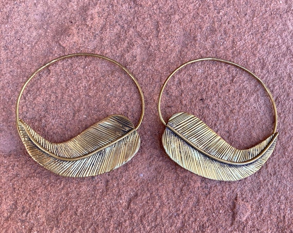 Feather Earrings, Brass Jewelry, Hoop Earrings, Handmade, Brass Jewelry, Feather, Dream Cathers, Gift for Her, Gift for Him, Fashion, Unique