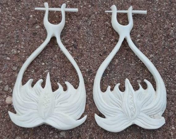 Lotus Earrings made of Bone, Handmade, Small Gauge Earrings, Jewerly, Gift for her, Gift for him, White Earrings, Flower, Unique Gift