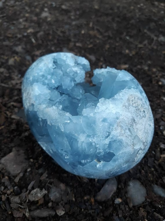 Blue Celestite Crystal Egg, Blue Geode, Geode, Gift, Blue Crystal, Egg, Mineral, Crystals, Home Decor, Crystal Egg, Metaphysical Stone