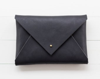 Classic Leather Envelope Clutch - Black