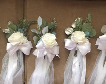 Pew Decorations For Church Weddings Diy  from i.etsystatic.com