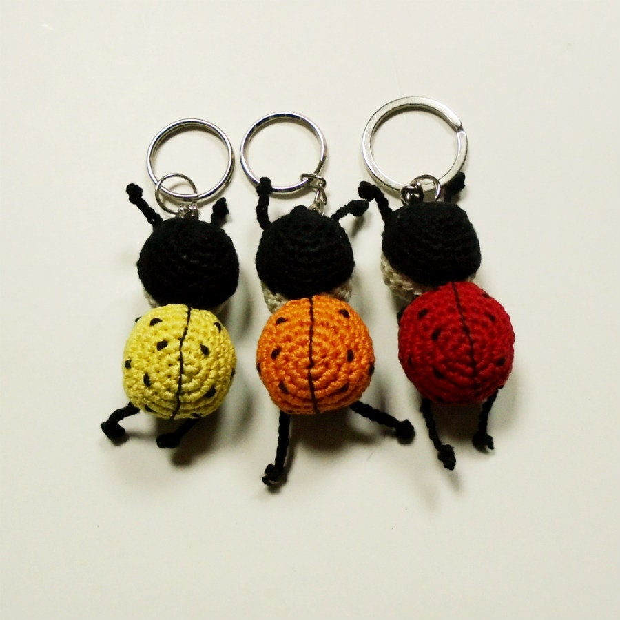 Amigurumi ladybug with keychain | Etsy | 900x900