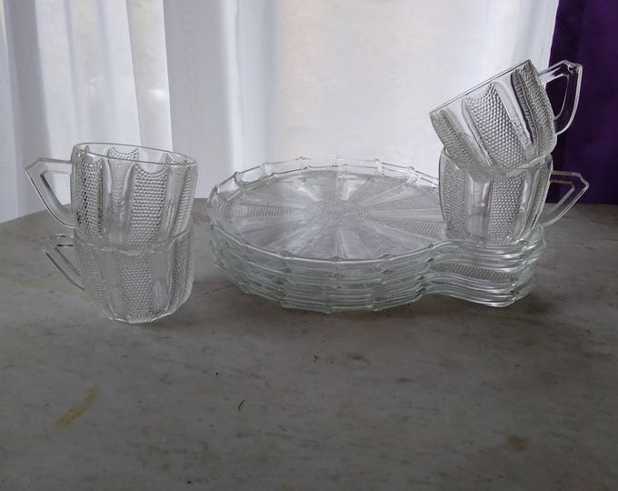 Jeannette Glass Dewdrop Television Snack Set Clear Round Pinwheel Plates With Cups Snack Set Of 4